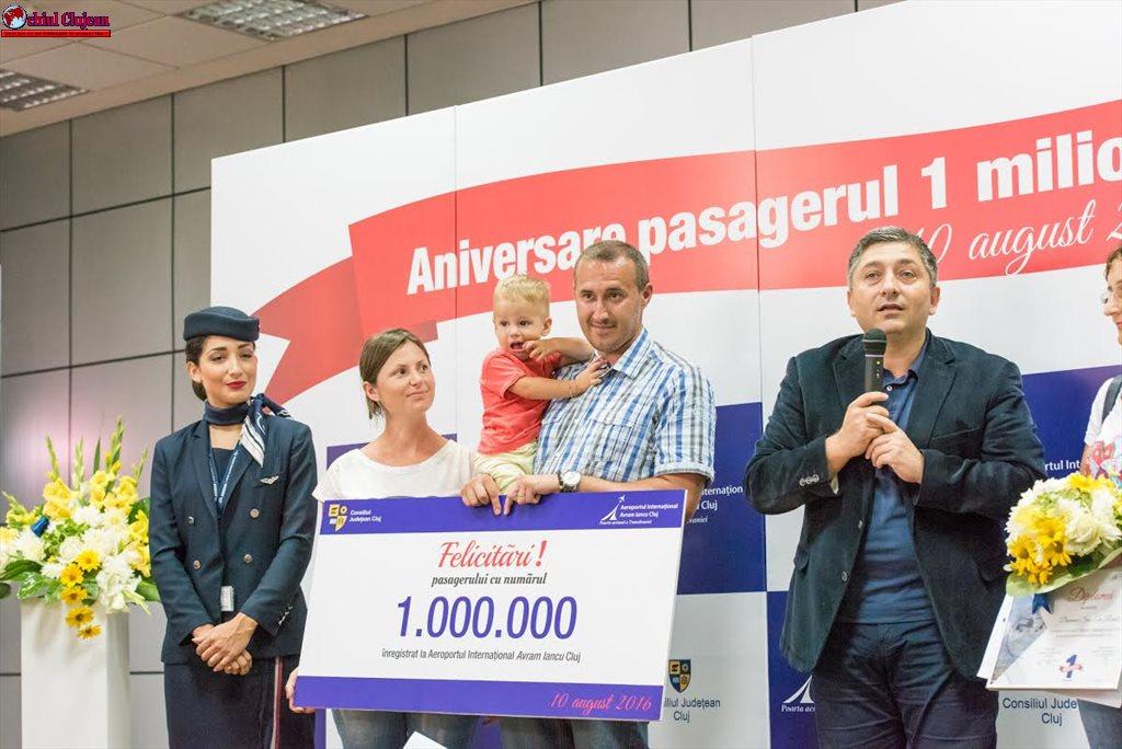 """Pasagerul cu numărul 1.000.000 al Aeroportului """"Avram Iancu"""" Cluj FOTO"""