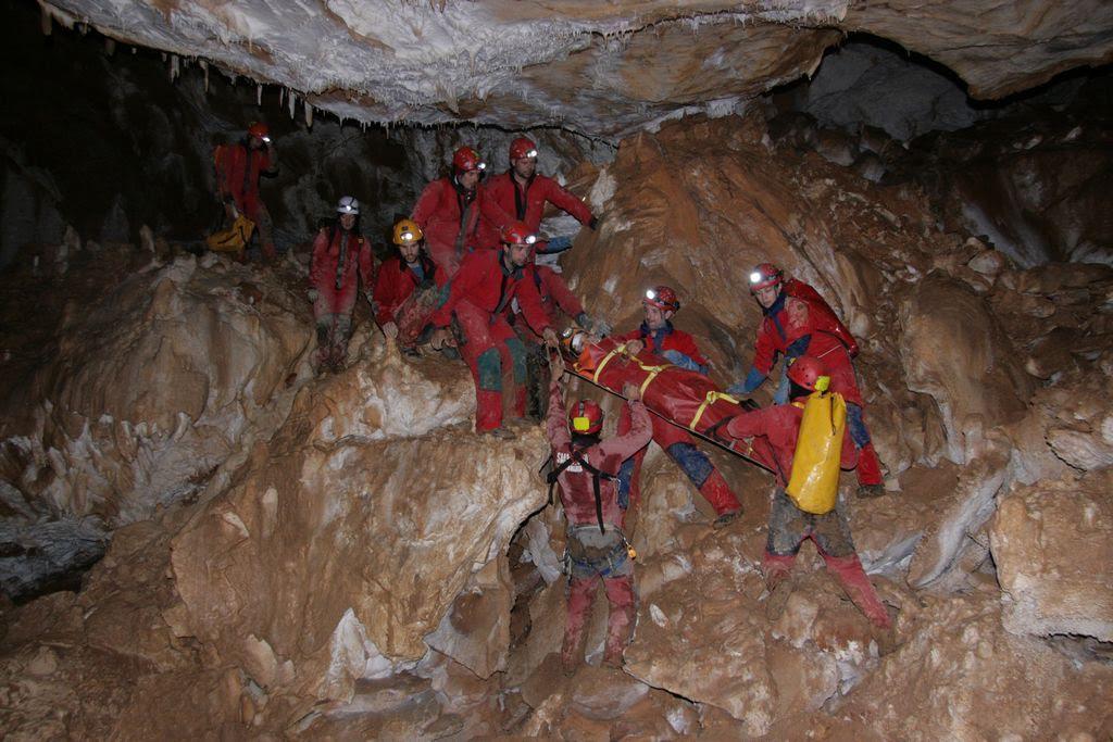 Serviciul Public Salvamont – Salvaspeo Cluj – structură acreditată de salvare montană