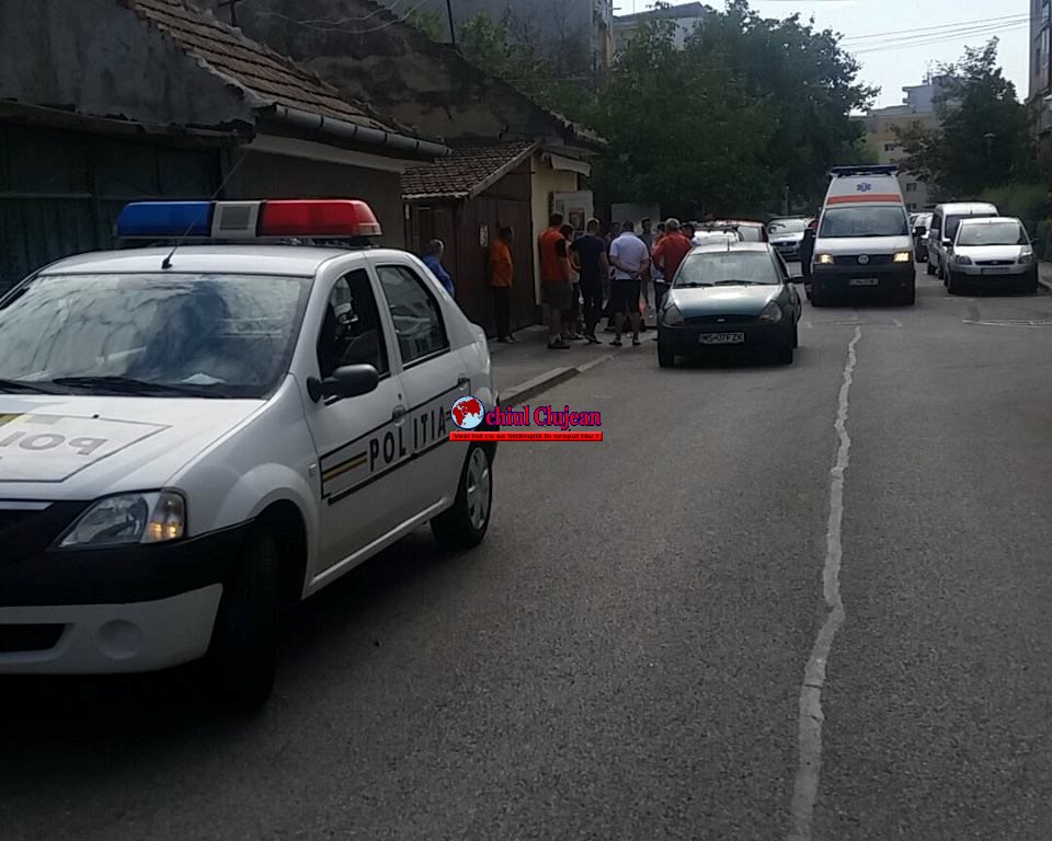 Accident în Mărăști! Un șofer a dat cu spatele și a rănit un pieton orb FOTO