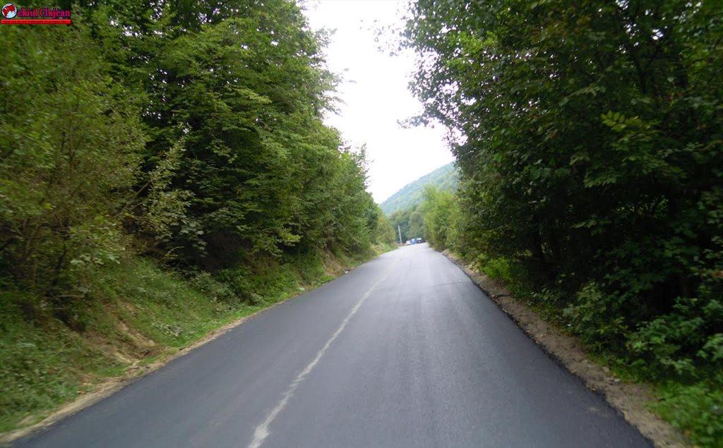A fost asfaltat şi ultimul sector de pe drumul judeţean DJ 107N Băişoara – Valea Ierii FOTO