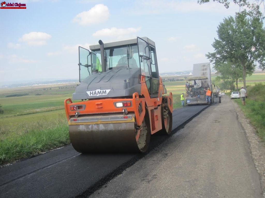 Lucrări de asfaltare pe drumul judeţean DJ 107N Someşu Rece – Gura Râşca