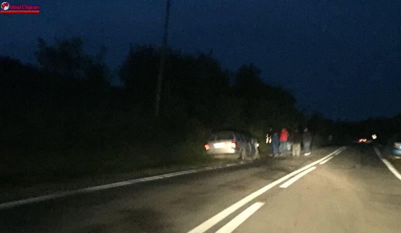 Accident GRAV pe un drum din Cluj! Două persoane au ajuns la spital FOTO