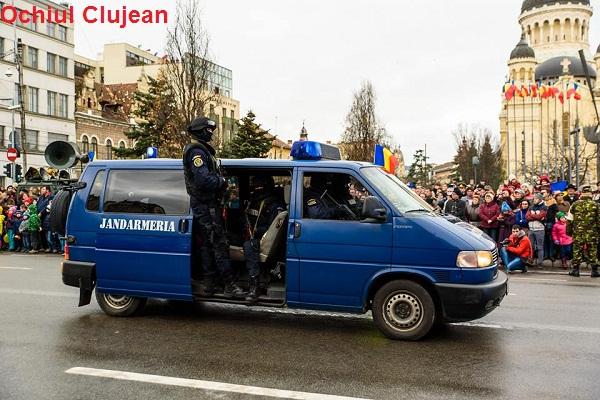 Jandarmii clujeni în misiune de Ziua Armatei Române