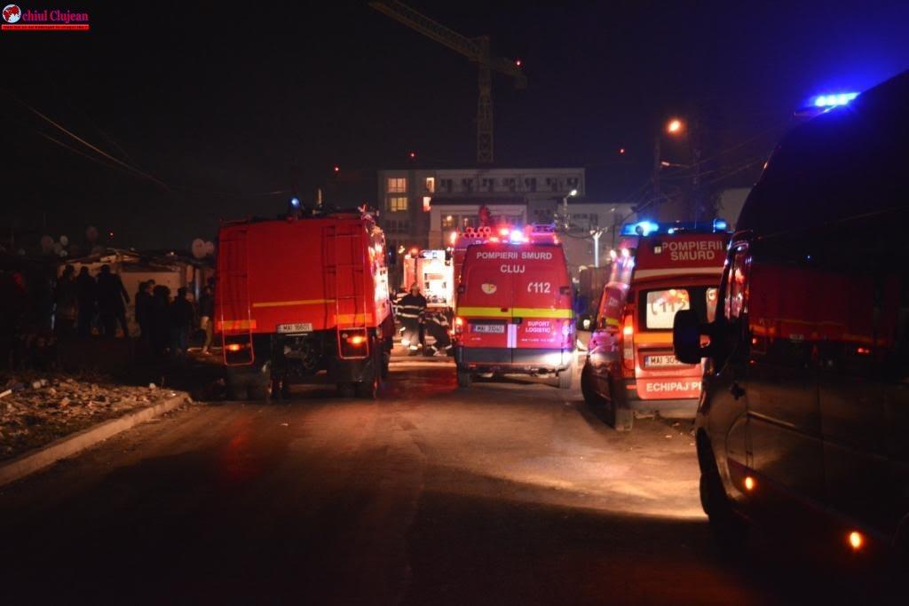 Incendiu puternic la mai multe barăci improvizate pe strada Cantonului FOTO