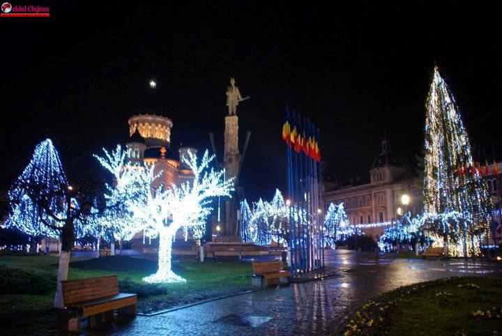 Peste 2500 de decorațiuni vor împodobi orașul de sărbători