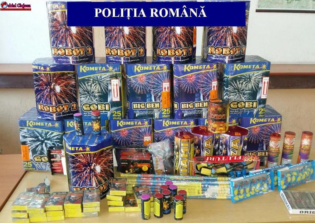 """Activități ale polițiștilor clujeni în cadrul acțiunii """"Foc de artificii"""". Oamenii legii au confiscat articole pirotehnice în valoare de 10.000 de lei FOTO"""