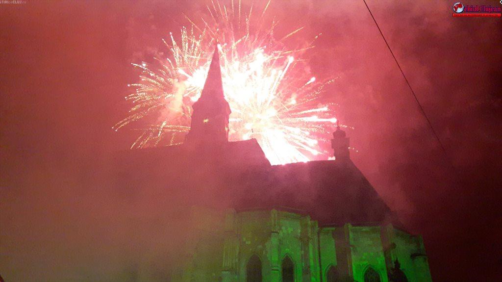 Mii de clujeni au sărbătorit Revelionul în centrul Clujului FOTO-VIDEO