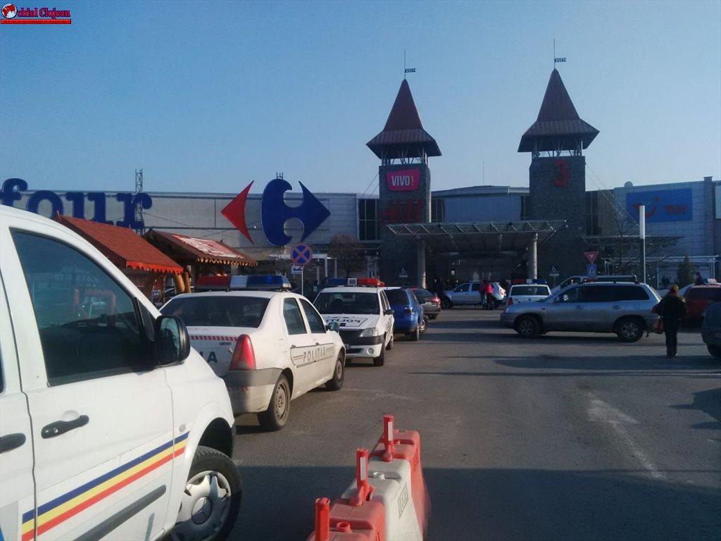 Cluj: Alertă cu bombă la Vivo! Autorul apelului la 112 a fost internat la psihiatrie
