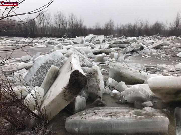 ISU Cluj a desfăşurat activităţi de monitorizare a cursurilor râurilor Someş şi Arieş FOTO