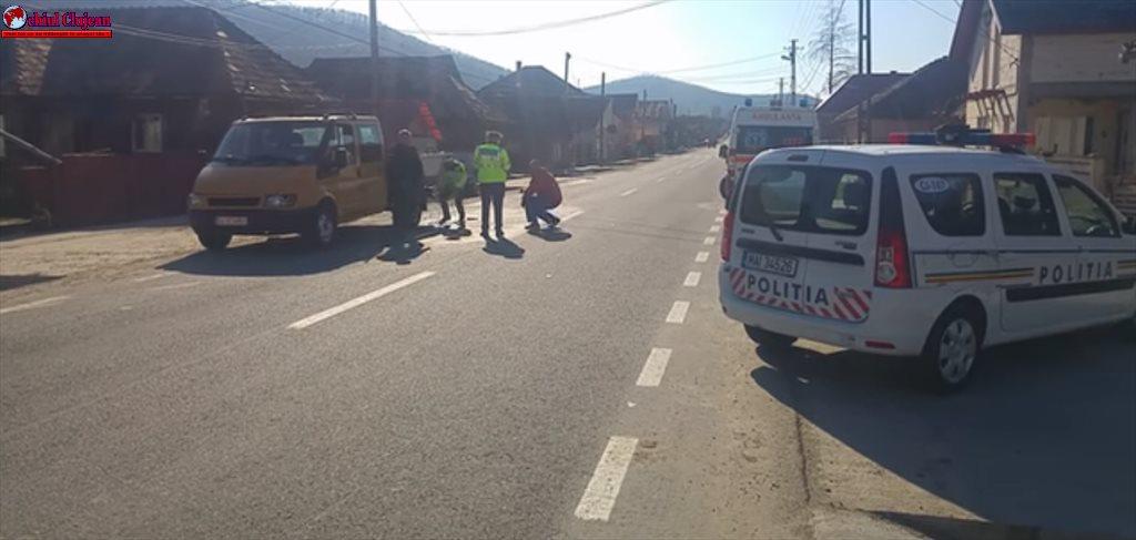 Accident pe strada Somcutului din Dej. O minoră de 12 ani a ajuns la spital  VIDEO