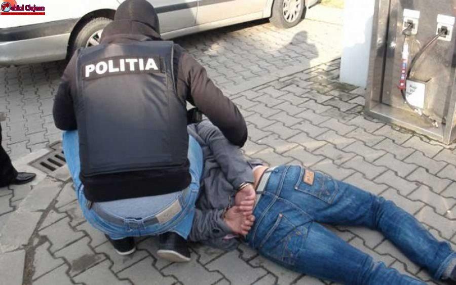 Clujeni arestați preventiv pentru furt calificat