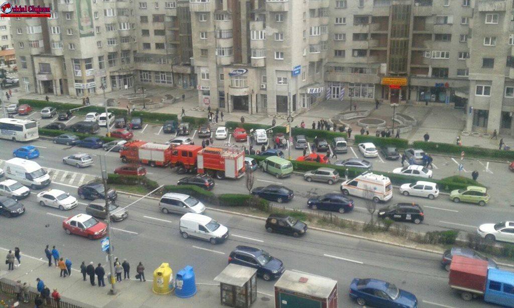 Accident pe strada Aurel Vlaicu FOTO