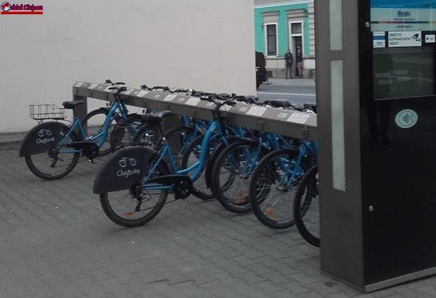 Primăria Cluj eliberează 3.500 de carduri noi de utilizator pentru sistemul de bike sharing