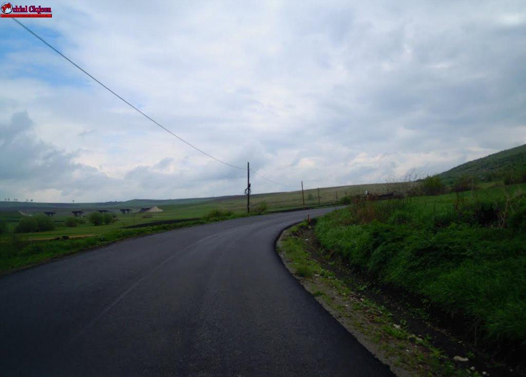CLUJ: Lucrări de asfaltare pe drumul județean 107L Turda – Petreștii de Jos FOTO
