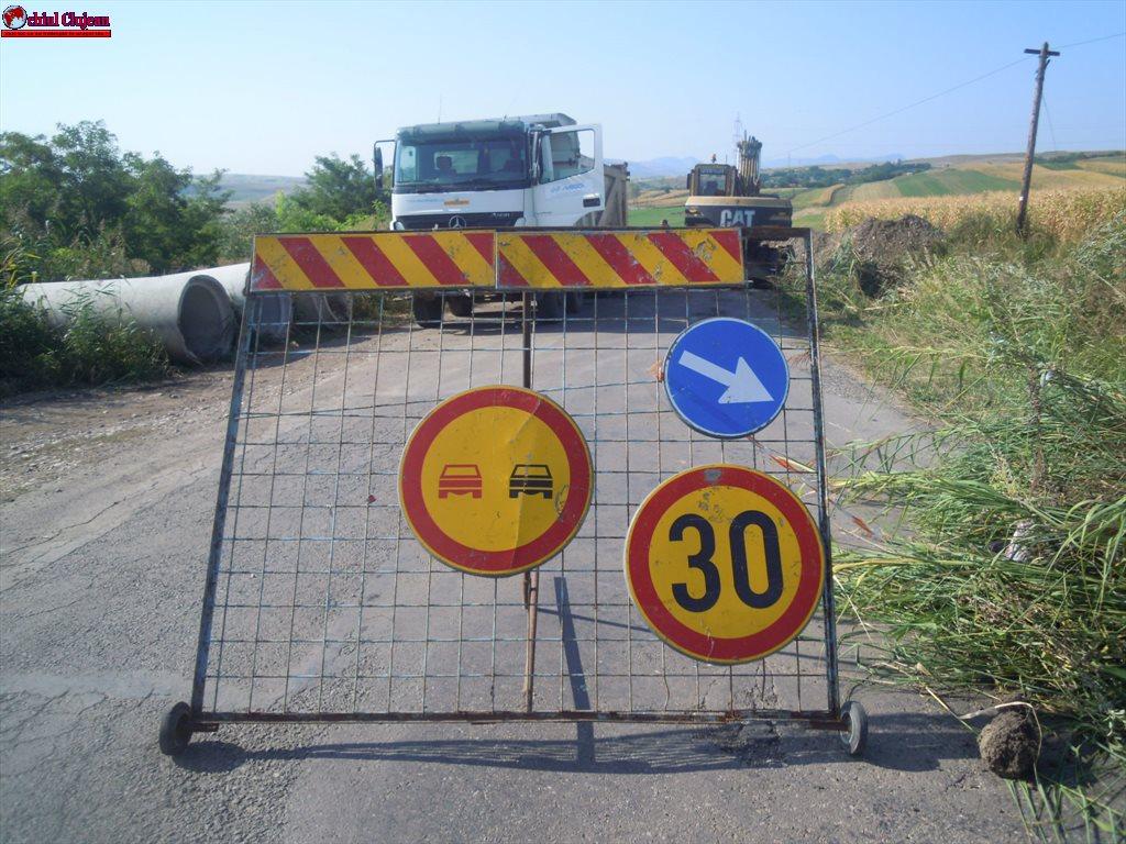 Cluj: Au demarat lucrările de întreținere pe drumul județean 103G Ceanu Mic – Aiton  FOTO
