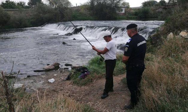 Jandarmii clujeni au acționat pe linia combaterii braconajului piscicol FOTO