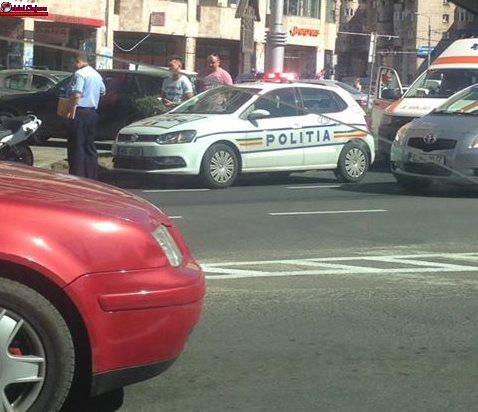 Conflict în trafic la Cluj. O persoană a ajuns la spital FOTO