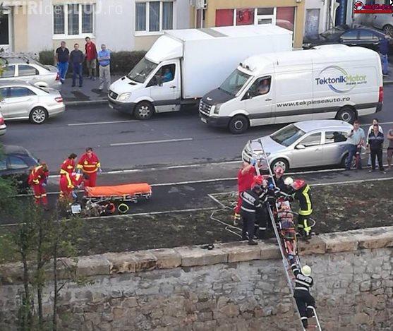 Cluj: Persoană căzută în Someș FOTO