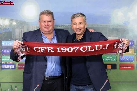 Comunicat CFR Cluj. Dan Petrescu rămâne antrenor la CFR Cluj