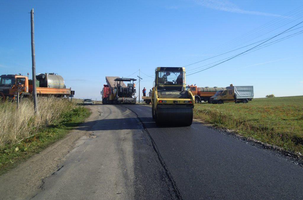 CJ Cluj: 68 de drumuri județene, vizate de lucrări de întreținere și modernizare în anul 2020