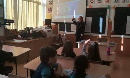 """Campania de educație rutieră """"AUTOBUZUL COPIILOR"""" FOTO"""