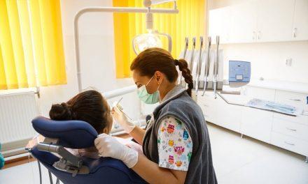 Servicii stomatologice gratuite pentru clujenii cu venituri reduse