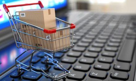 Recomandări ale polițiștilor pentru cumpărături online sigure
