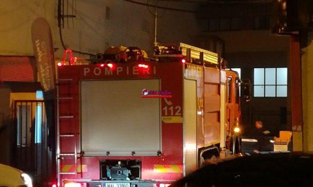 Incendiu la o clădire pe strada Berăriei. 70 de persoane au fost evacuate FOTO-VIDEO