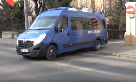 Substanţe suspecte găsite asupra unui tânăr din Cluj-Napoca