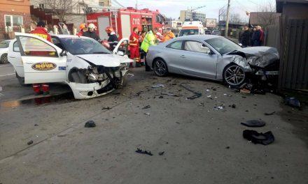 Accident cu trei victime pe strada Frunzișului FOTO