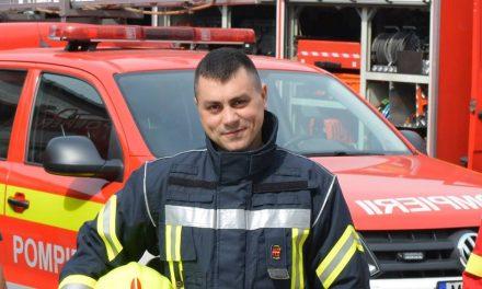 RESPECT! Pompier aflat în timpul liber printre salvatorii de pe strada Frunzișului