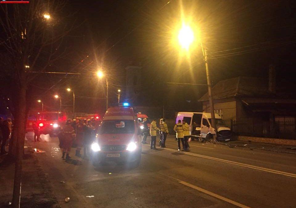 Accident cu victime în Someșeni. Șoferul ar fi adormit la volan FOTO