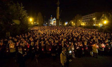 Peste 3.000 de clujeni au asistat la Slujba de Înviere FOTO