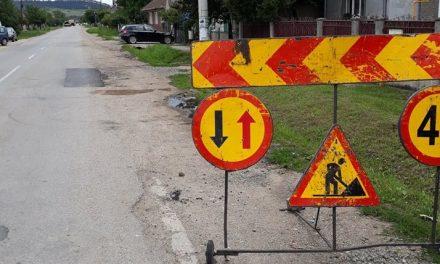 Cluj: Lucrări de întreținere pe drumul județean 161 Bonțida FOTO