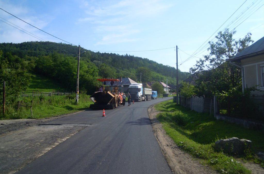 Cluj: Lucrări de întreținere pe drumul judeţean 161D (DJ 172F) Nireş – Unguraş – Valea Unguraşului