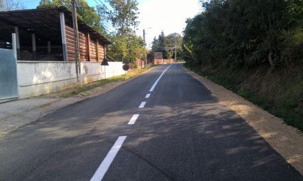 Marcaje rutiere pe mai multe drumuri din Cluj FOTO