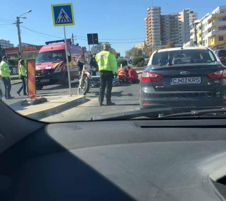Accident pe strada Observatorului. O persoană a ajuns la spital FOTO