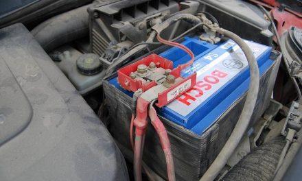 Furt de acumulatori auto de la o societate comercială din Cluj