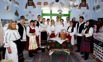 Judeţul Cluj, reprezentat la Festivalul datinilor şi obiceiurilor de iarnă de la Iaşi de colindătorii din Orman