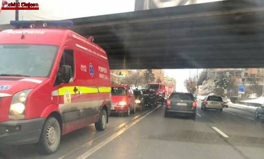 Accident cu patru mașini pe Calea Florești. Două persoane au fost rănite  FOTO
