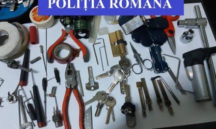 Spărgător de locuințe urmărit național, prins la Cluj VIDEO