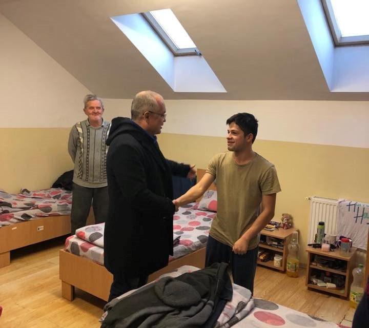 110 locuri de cazare pentru persoanele fără adăpost, asigurate de Primăria Cluj-Napoca FOTO