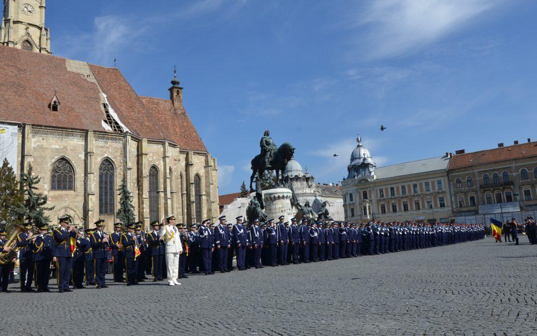 Ceremonie de avansare a polițiștilor, în mijlocul comunității clujene FOTO-VIDEO