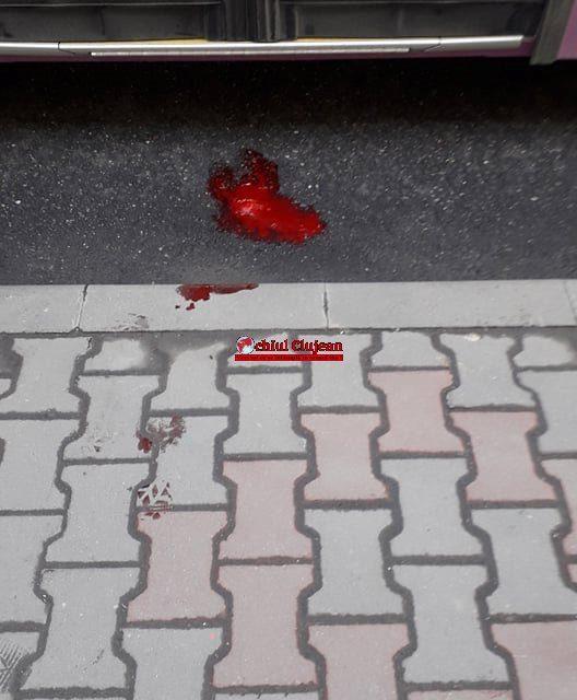 Un bărbat a căzut dintr-un autobuz al CTP  FOTO