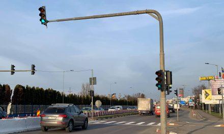 """Horia Șulea: """"Gata! Acum cateva minute, tocmai am acceptat donația dreptului deproprietate al semaforului de la Metro"""" FOTO"""