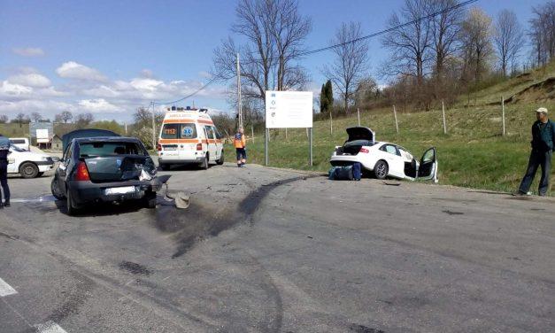 Accident cu trei mașini în Șaula FOTO