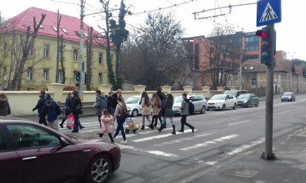 Razie în trafic la Cluj. 57 de pietoni au fost amendați pentru traversare neregulamentară