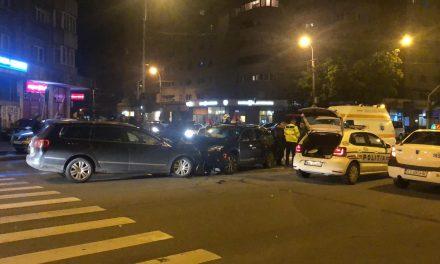 Accident cu bătaie într-o intersecție din Cluj. Și-a prins soțul cu amanta în mașină VIDEO