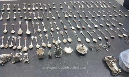 Peste 10 kilograme de obiecte şi bijuterii din metal alb, descoperite asupra unui cetăţean chinez pe Aeroportul Cluj-Napoca FOTO