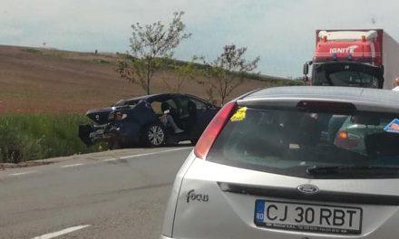Cluj: Accident GRAV pe DN15. O persoană încarcerată  FOTO